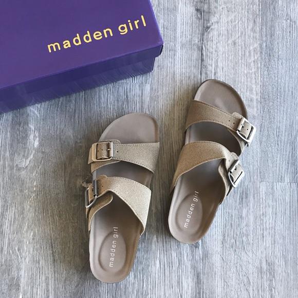 ca841ce1c573 NWT Madden Girl Brando Flat Sandals Taupe
